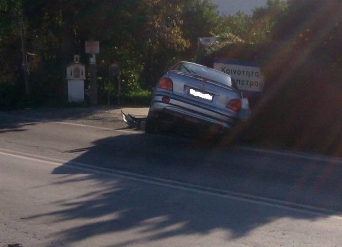 Χανιά: Από το δρόμο στο χαντάκι – Νέο τροχαίο για ζευγάρι στην πόλη [pics] | Newsit.gr