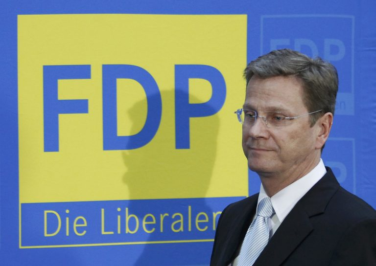 Παραιτήθηκε ο Βεστερβέλε απο την ηγεσία των Ελεύθερων Δημοκρατών | Newsit.gr