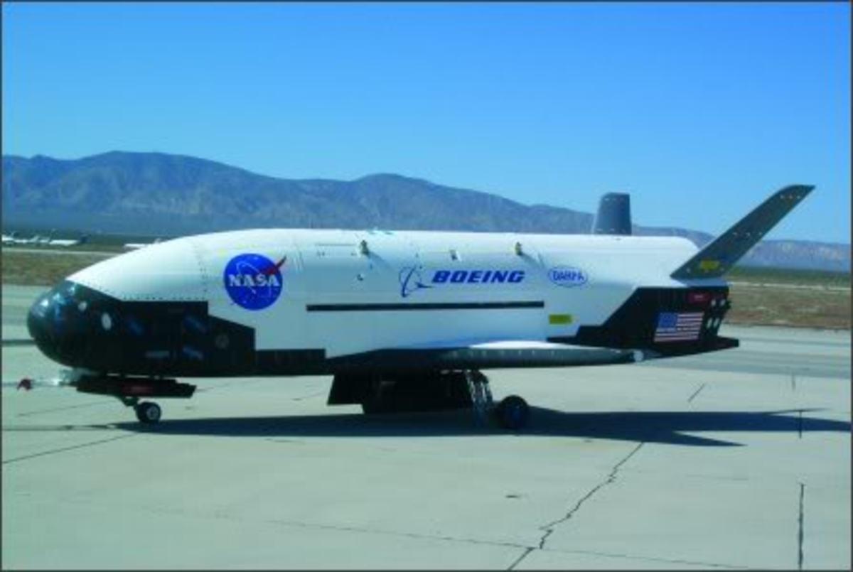 Βίντεο από την επιστροφή του αμερικανικού αεροσκάφους μυστήριο,από το διάστημα | Newsit.gr