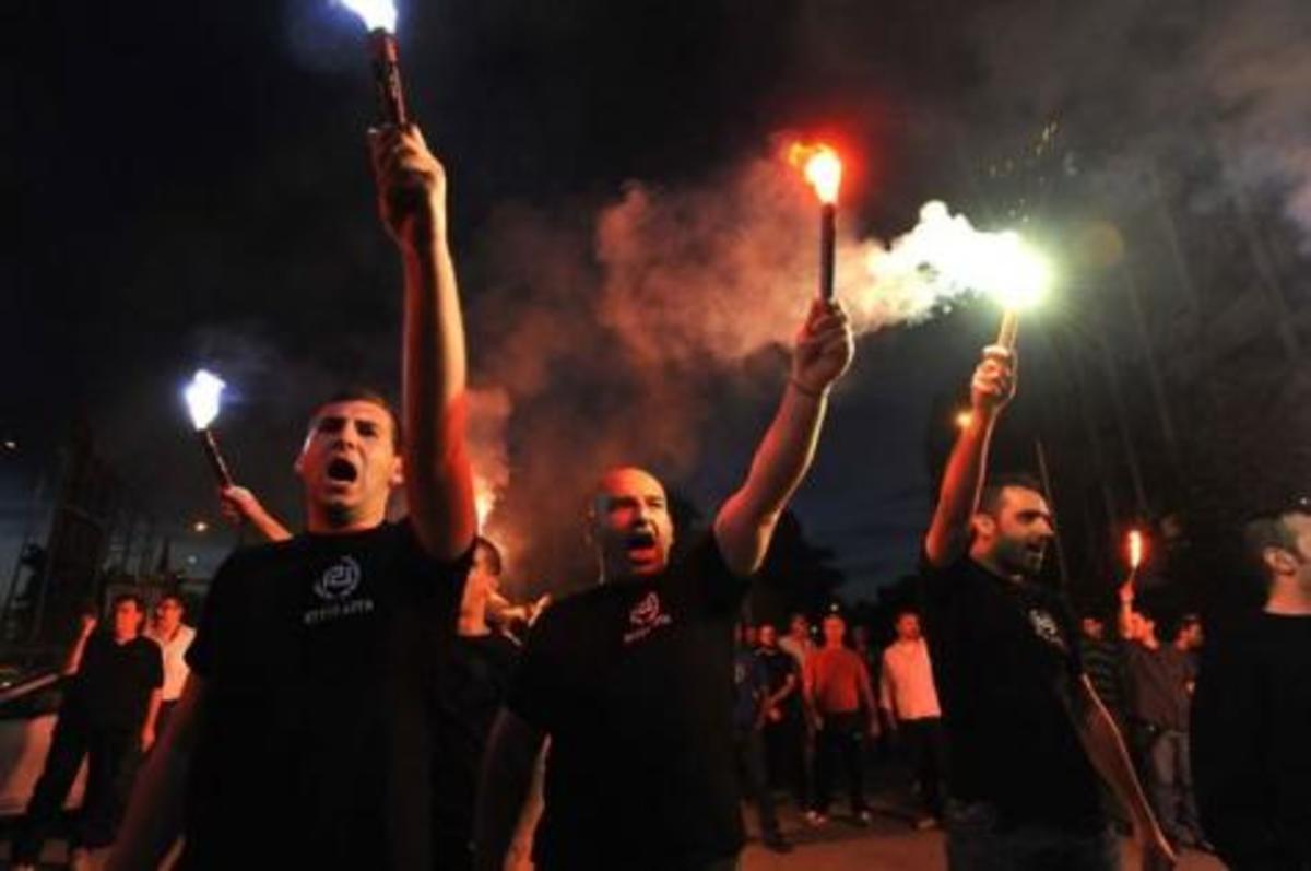 Η Γερμανία «ανασταίνει» παντού ακροδεξία και νεοναζισμό | Newsit.gr