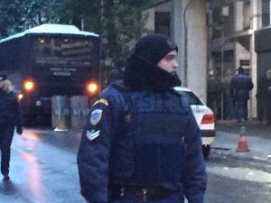 """""""Δύο σφαίρες από καλάσνικοφ δέχθηκε ο Αστυνομικός"""" – Ήθελαν αίμα"""
