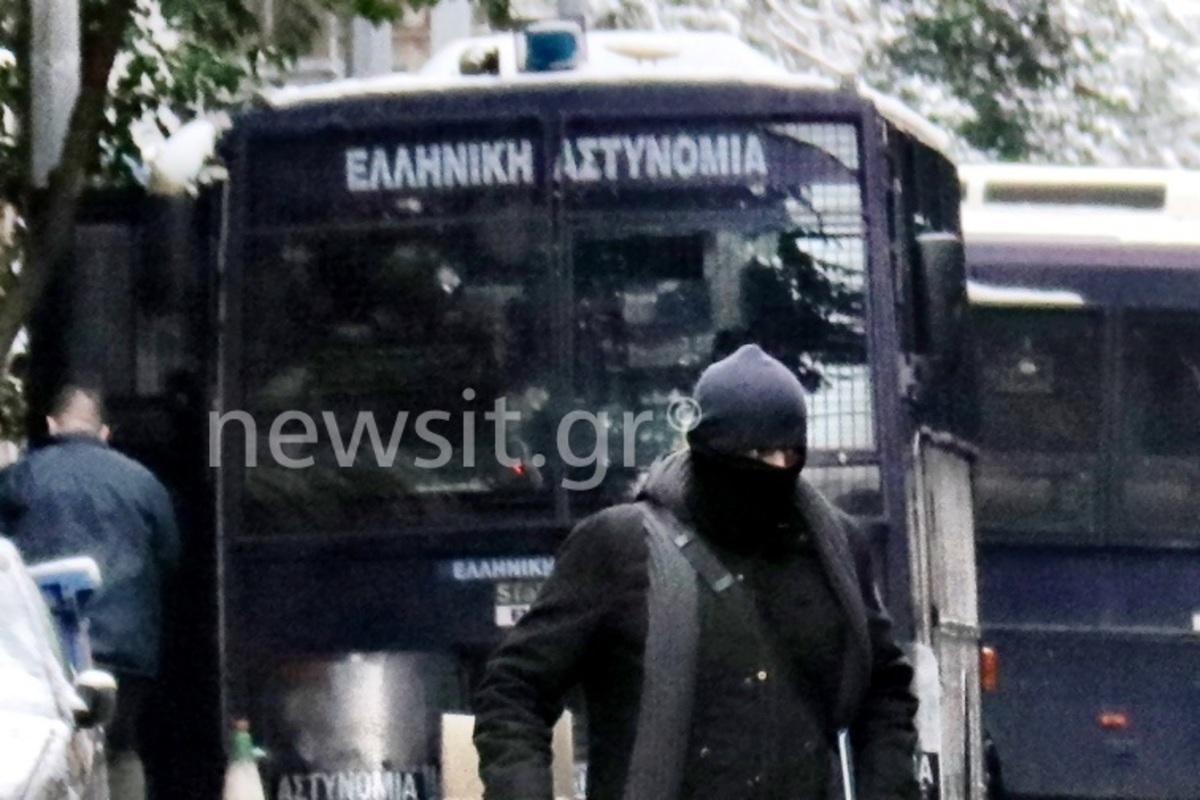 Αστυνομικοί: Στυγνοί εγκληματίες – Η πολιτεία σιωπά   Newsit.gr