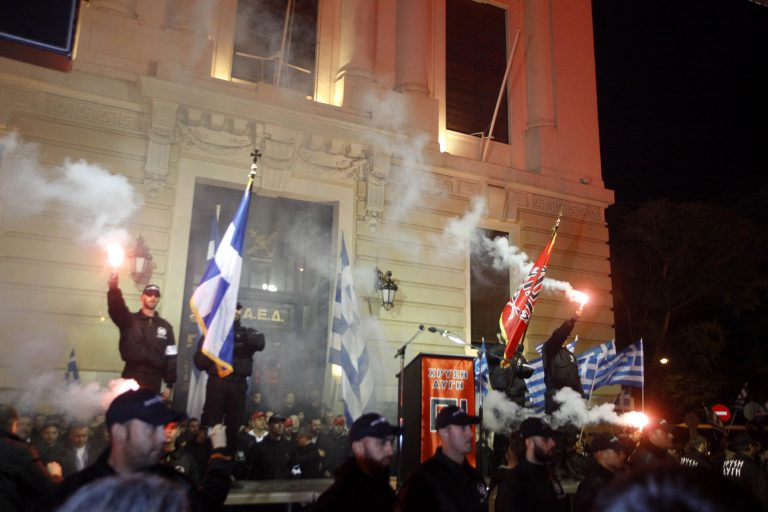 «Με χτύπησαν Χρυσαυγίτες γιατί δεν τους άρεσαν τα τραγούδια που άκουγα» | Newsit.gr