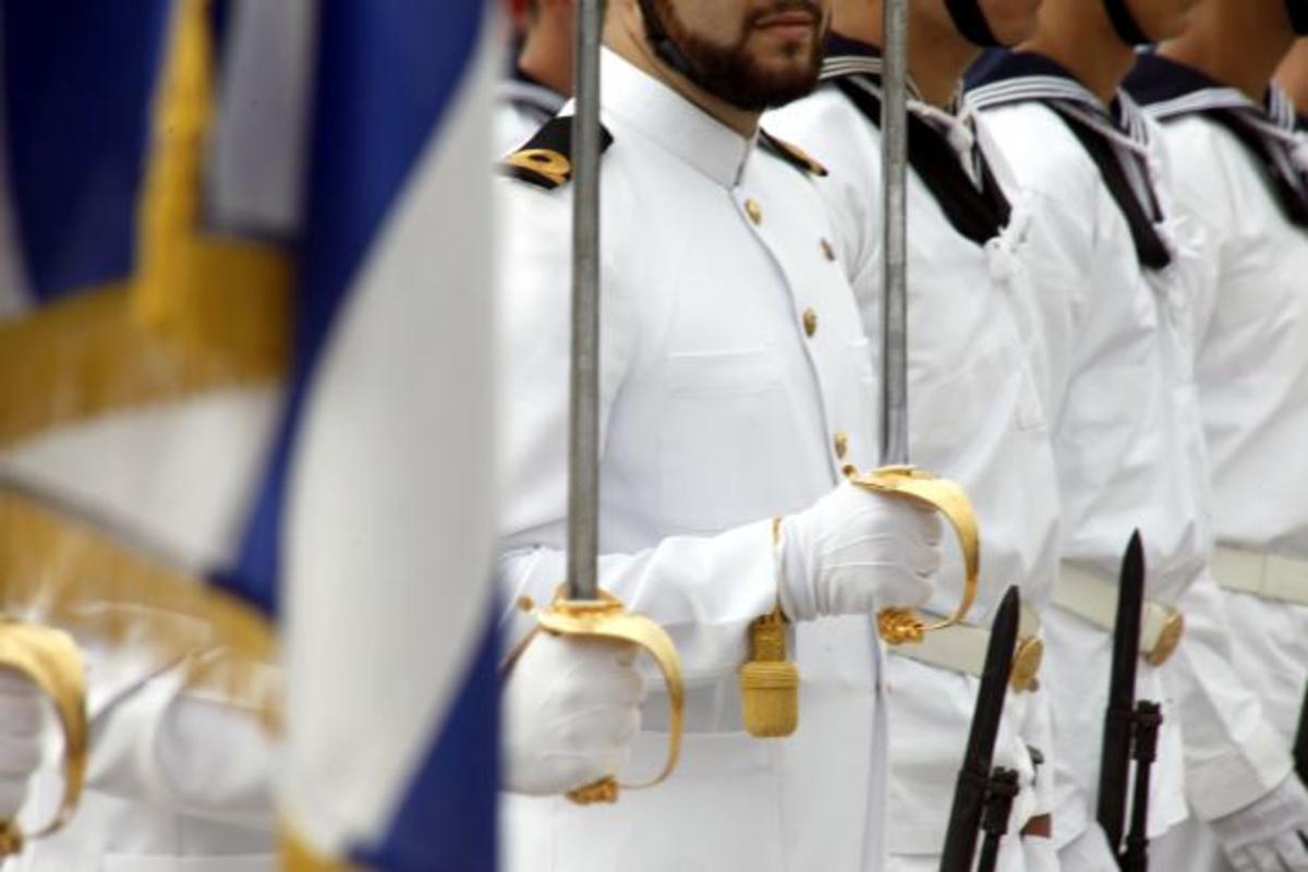 Κατηγορήθηκε ότι ήταν «ελφροχέρης»,τιμωρήθηκε αλλά πήρε προαγωγή! Η «αξιοκρατία» στις ΕΔ   Newsit.gr