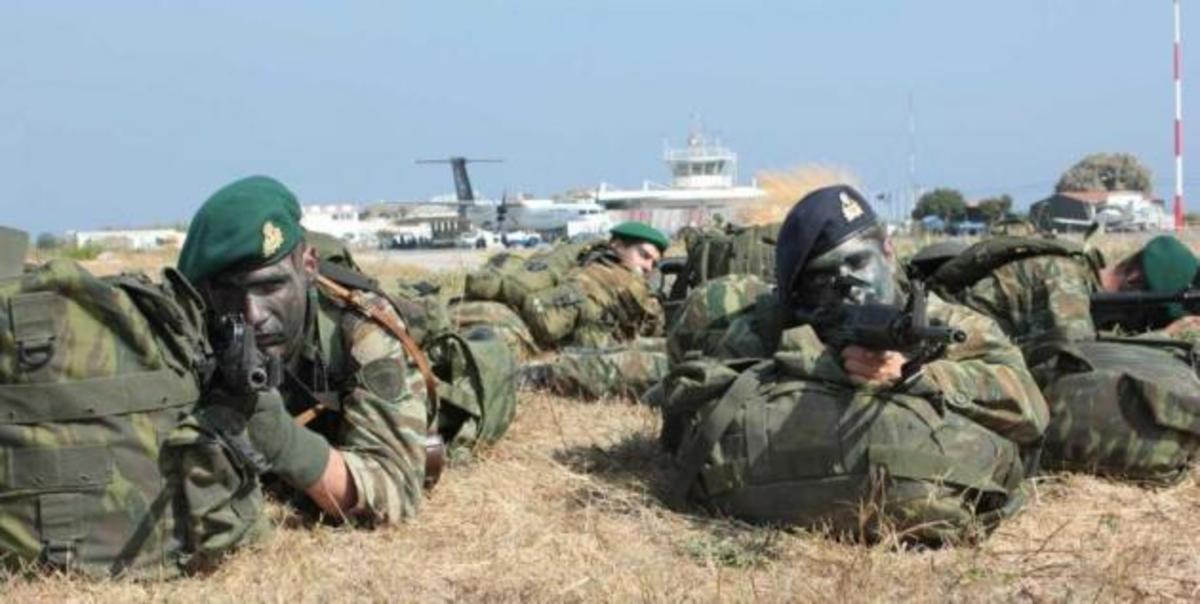 «Πόλεμος» στη Χίο – Φωτορεπορτάζ από την επιχείρηση ανακατάληψης του αεροδρομίου   Newsit.gr