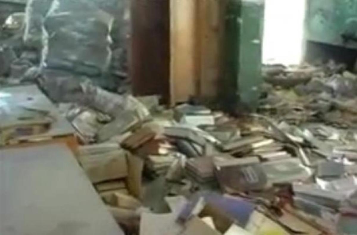 Μυτιλήνη: Ένα κτίριο – χωματερή στο κέντρο της πόλης! ΒΙΝΤΕΟ | Newsit.gr