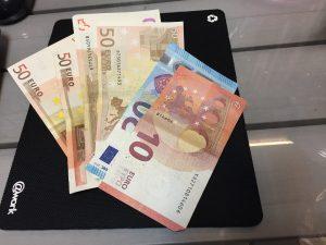 Μισθοί 400 και 600 ευρώ – Δραματικά τα στοιχεία