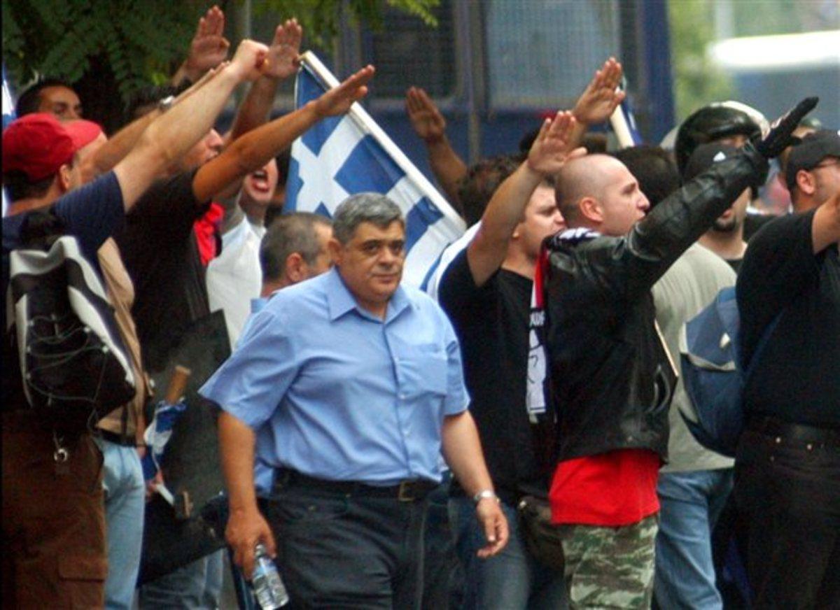 Σας παρακαλώ να τεθεί εκτός νόμου η Χρυσή Αυγή» | Newsit.gr
