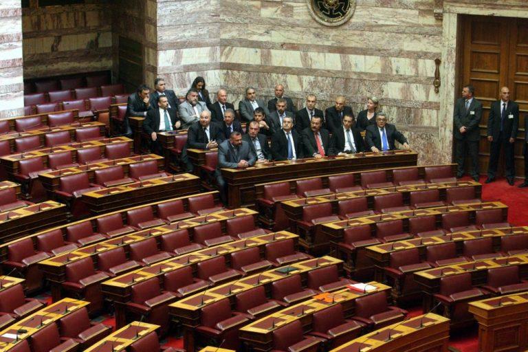O 7ος αντιπρόεδρος της Βουλής θα είναι από την Χρυσή Αυγή | Newsit.gr