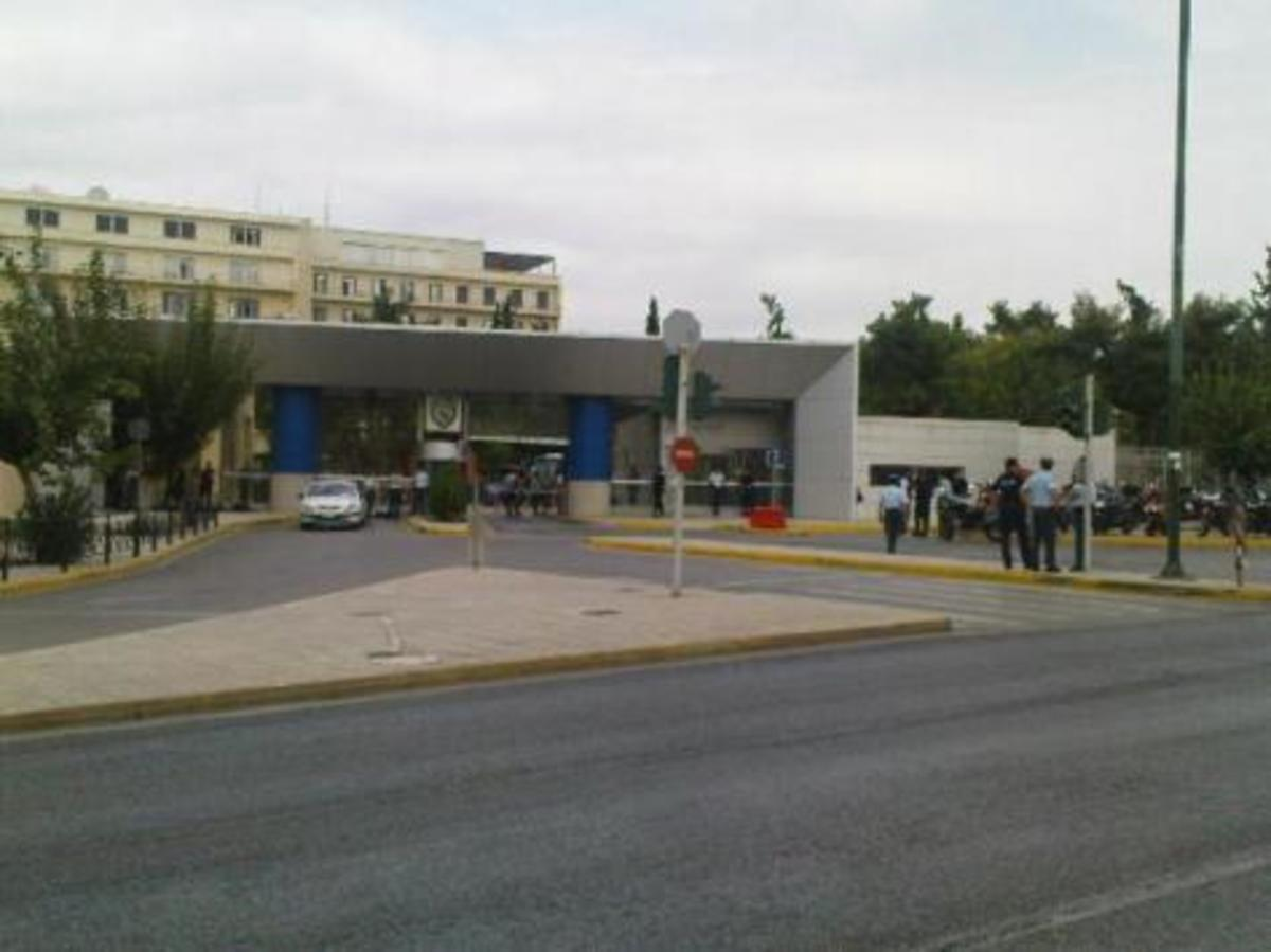 Αποσύρετε τα «χακί ΜΑΤ» – Δεν θα έρθουν οι διαδηλωτές μόνο η Μέρκελ | Newsit.gr