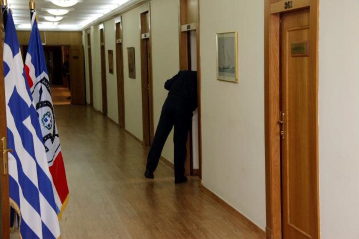 Κίνδυνος να χαθούν 10 εκ. ευρώ για τις ΕΔ από «περίεργες καθυστερήσεις»   Newsit.gr
