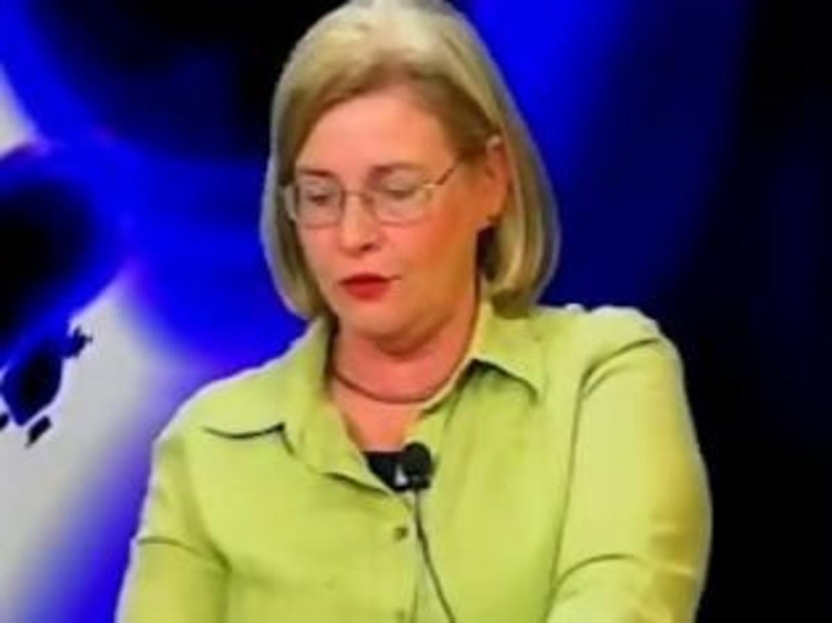 Και η σύζυγος Μιχαλολιάκου βουλευτής της Χρυσής Αυγής | Newsit.gr