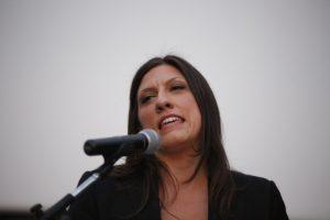 Κωνσταντοπούλου για γενέθλια κυβέρνησης: «Εξαπατήθηκα μαζί με όλους εσάς»