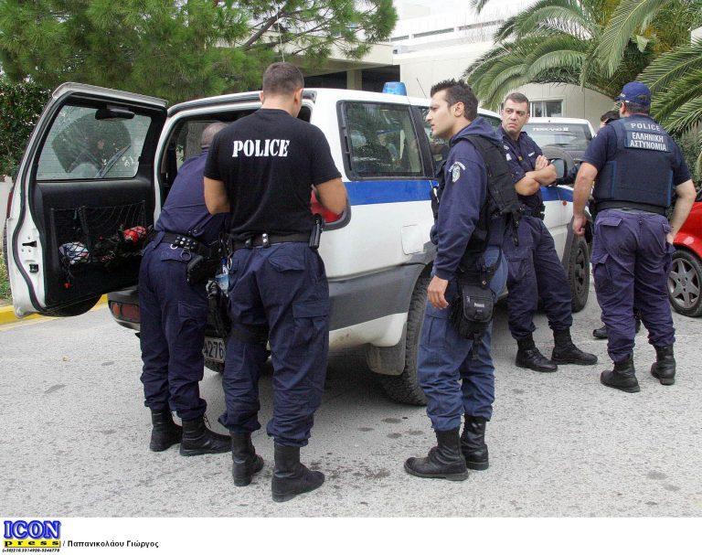 Ανώγεια: Επιτέθηκαν σε αστυνομικούς με καδρόνια! | Newsit.gr