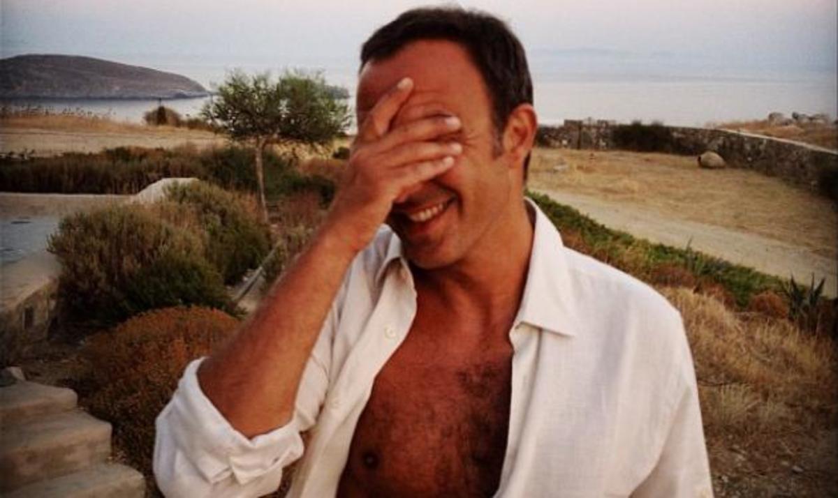 Ν. Αλιάγας: Το οδοιπορικό του στα ελληνικά νησιά! Το άλμπουμ των εξορμήσεών του | Newsit.gr