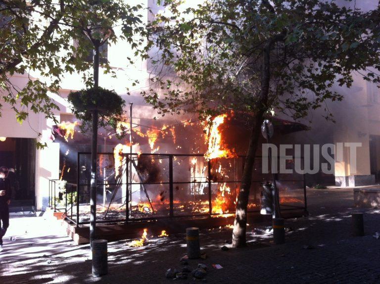 Ρήμαξαν το κέντρο της Αθήνας – Συγκλονιστικές φωτογραφίες | Newsit.gr