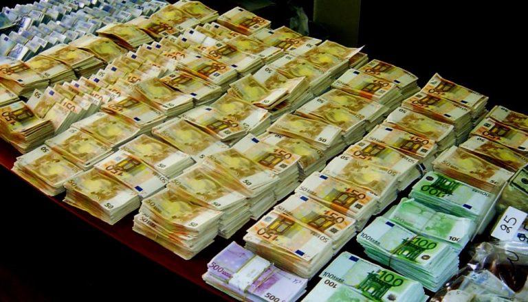 Τρίκαλα: 1,7 εκατομμύριο βρέθηκε στο χρηματοκιβώτιο γιατρού!