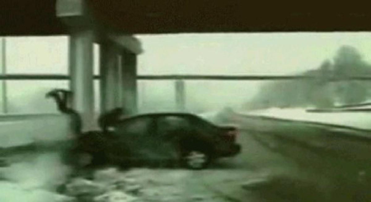 Γυναίκα στο τιμόνι…ο θάνατος ζυγώνει; | Newsit.gr