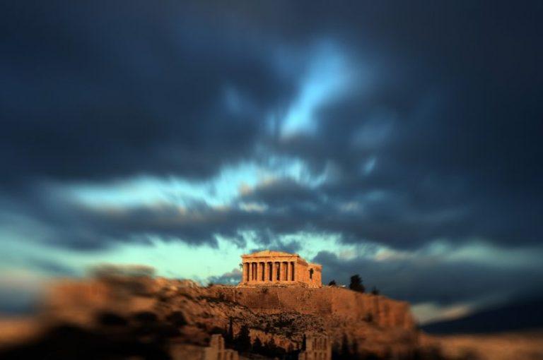 «Ένα χολωμένο ΔΝΤ συγκρούεται με τους Έλληνες, που είναι όλο καπρίτσια»   Newsit.gr