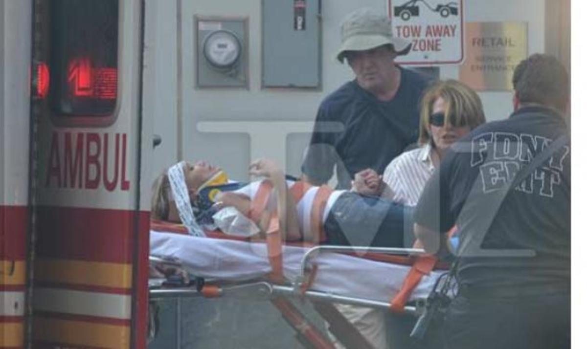 Διάσημη ηθοποιός τραυματίστηκε στο κεφάλι και μεταφέρθηκε στο νοσοκομείο!   Newsit.gr