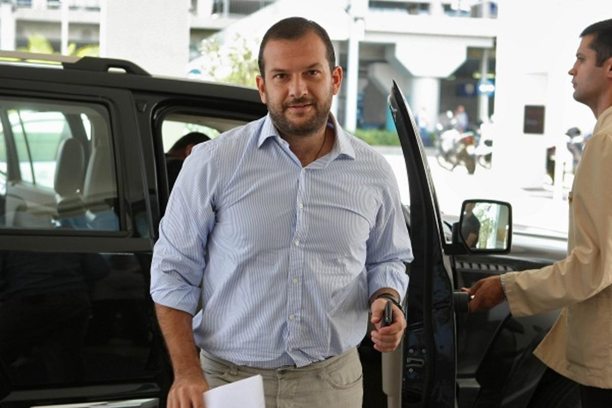 Ανακοίνωσε Κωστένογλου, αποχαιρέτησε Χιμένεθ, επιτέθηκε σε δημοσιογράφους ο Αδαμίδης | Newsit.gr