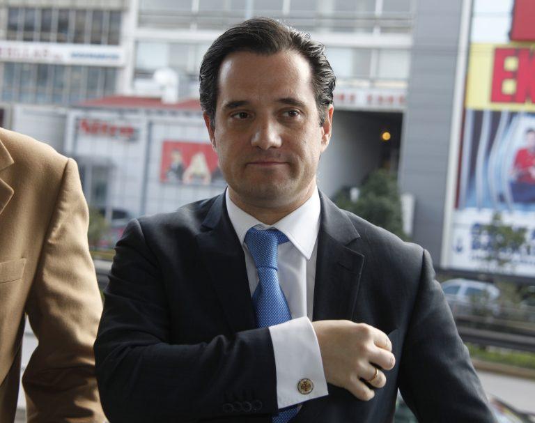 Άδωνις εναντίον Λαγού στο Twitter | Newsit.gr