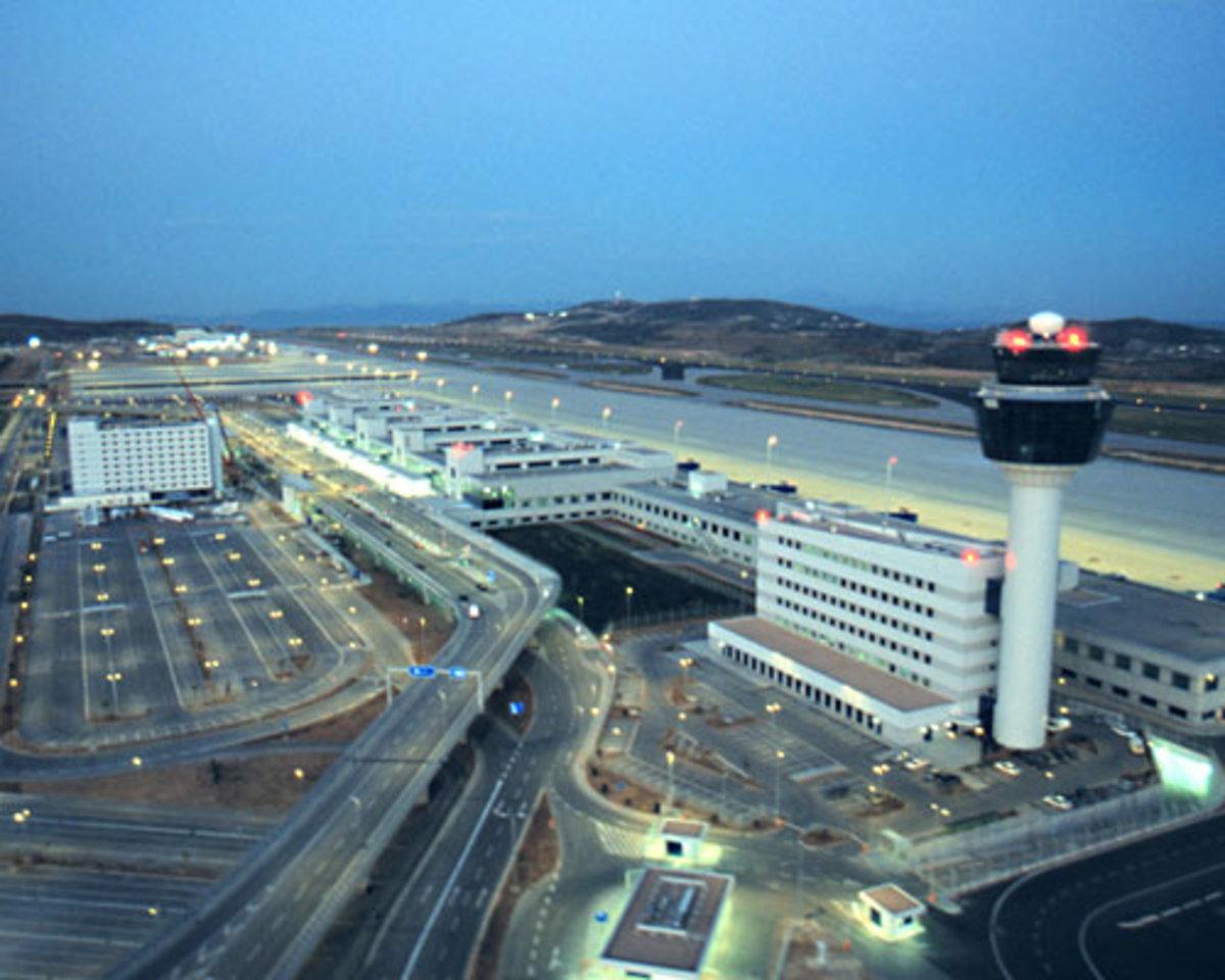 Κινεζικό μπάσιμο στο αεροδρόμιο »Ελ.Βενιζέλος» | Newsit.gr