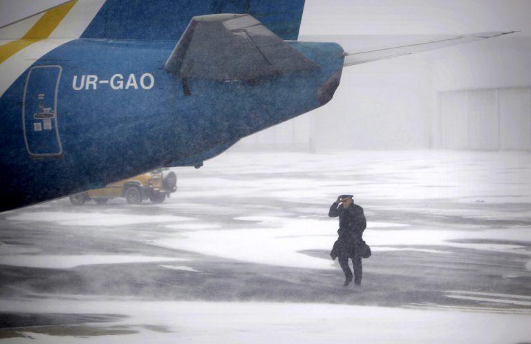 Χάος στα αμερικανικά αεροδρόμια από τον χιονιά   Newsit.gr