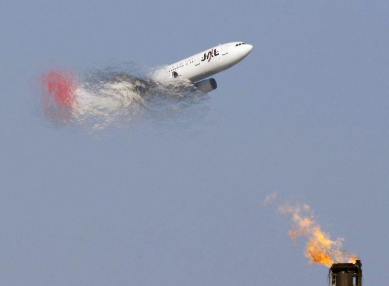 Αίσιο τέλος για το αεροπλάνο που πήρε φωτιά | Newsit.gr