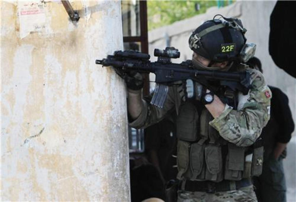 Φωτογραφίες από τη κόλαση της Καμπούλ.Σε επιφυλακή οι Έλληνες   Newsit.gr