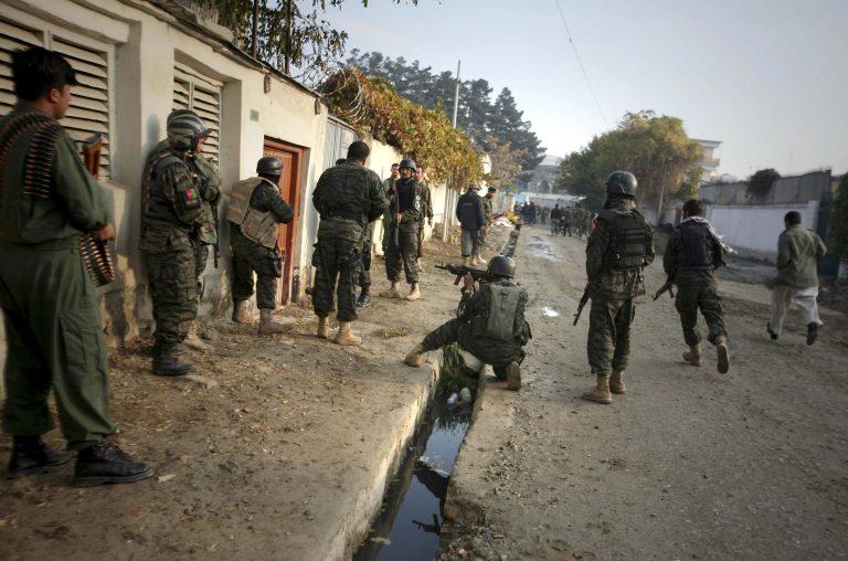 Επτά νεκροί από επίθεση αυτοκτονίας στο Αφγανιστάν   Newsit.gr