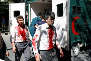 Μακελειό στην Καμπούλ – Δεκάδες νεκροί – Εκατοντάδες τραυματίες! ΣΚΛΗΡΕΣ ΕΙΚΟΝΕΣ