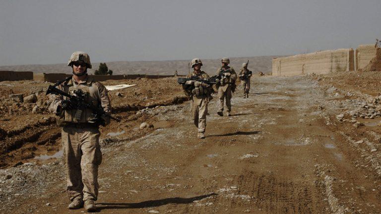 Ταλιμπάν χτύπησαν το στρατόπεδο του πρίγκιπα Χάρι | Newsit.gr