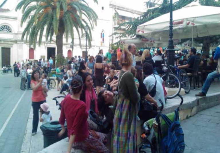 Κέρκυρα: Αγανακτισμένοι ταξιδεύουν στην Αθήνα | Newsit.gr