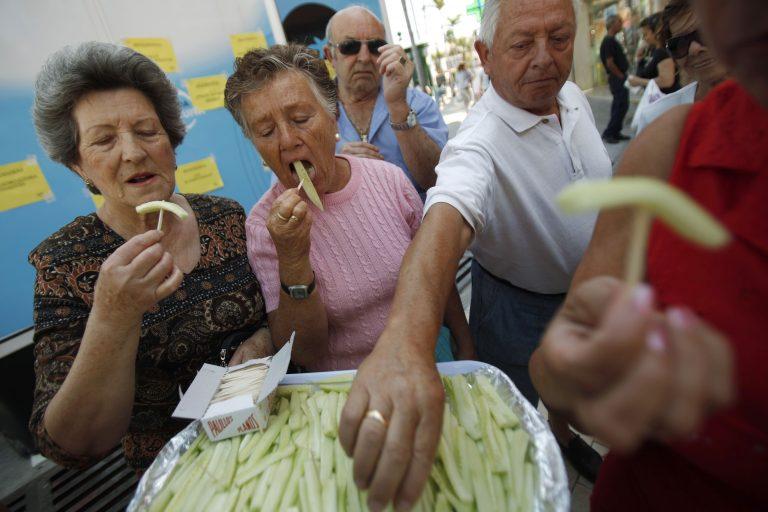 Ψάχνουν την προέλευση του E.coli σε τροφές που προτιμούν οι γυναίκες | Newsit.gr