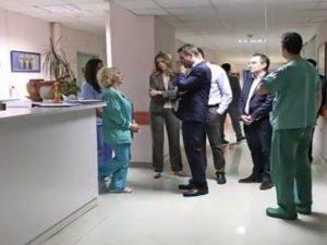 Αιφνιδιαστική επίσκεψη Κυριάκου Μητσοτάκη στο Νοσοκομείο Παίδων «Αγία Σοφία» [vid]