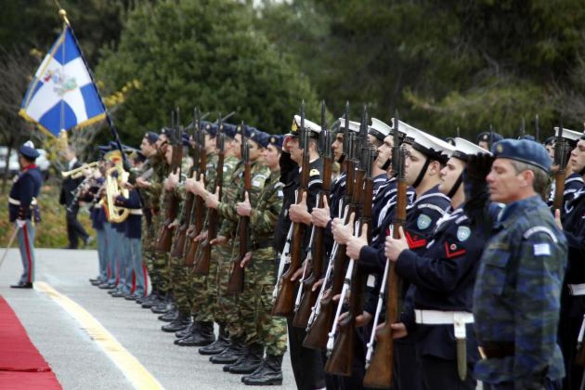 Δείτε τι έρχεται το 2014, για τους στρατιωτικούς | Newsit.gr