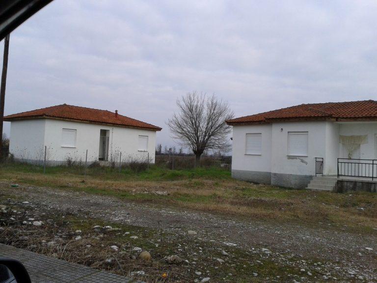 Τρίκαλα: Όταν… λεφτά υπήρχαν – Έφτιαξαν οικισμό και τον έχουν να σαπίζει! | Newsit.gr