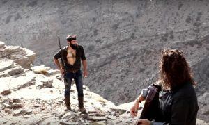 Βίντεο κλιπ με τον Κρητικό αγρότη που τρέλανε τις γυναίκες! [vid]