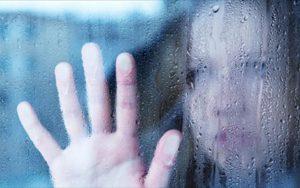 """Τρεις μήνες αναμονή στο Αιγινήτειο – """"Σαρώνουν"""" κατάθλιψη και κρίσεις πανικού"""