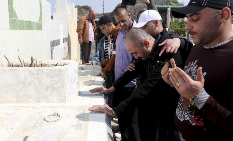Τρεις νεκροί και 26 τραυματίες σε συμπλοκή οικογενειών | Newsit.gr