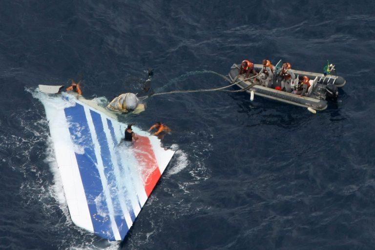 3:30'' τρόμου για τους επιβάτες του Airbus A330 της Air France | Newsit.gr