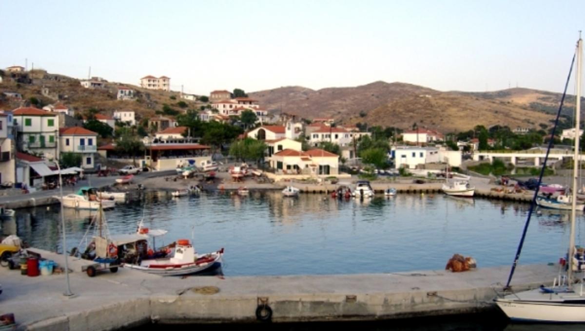 Άφησαν τον Άη Στράτη χωρίς γιατρό! Σε απόγνωση οι λιγοστοί κάτοικοι | Newsit.gr