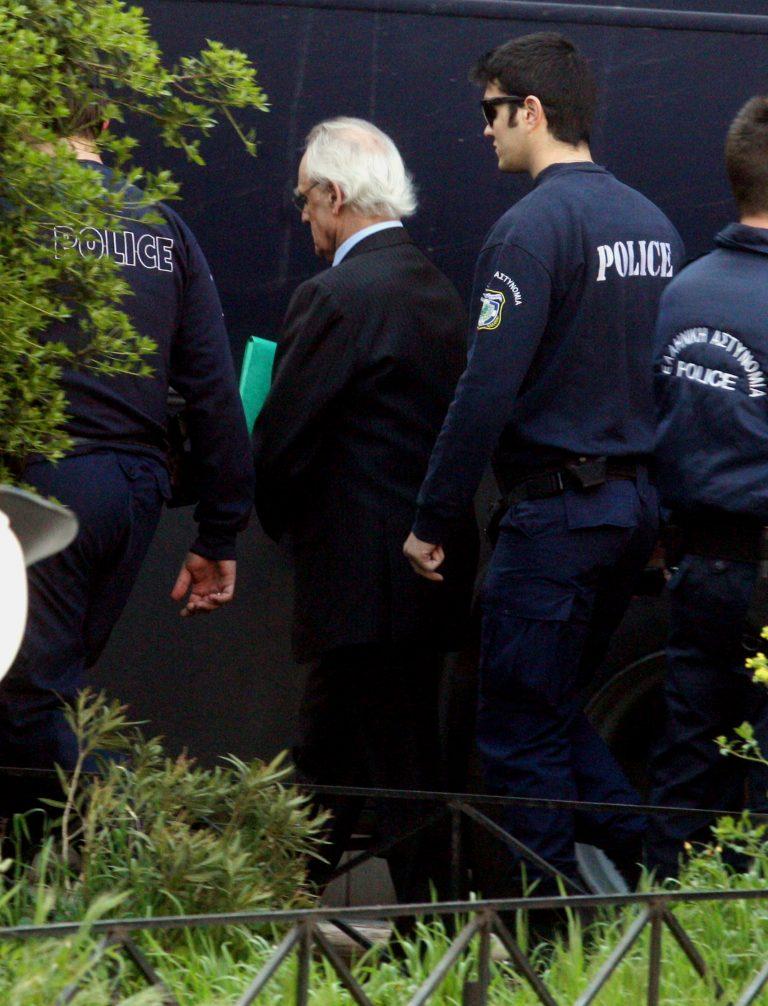 Κόλαφος ο εισαγγελέας στην δίκη Τσοχατζόπουλου για το πόθεν έσχες – «Αποκρύβατε στοιχεία με δόλο!» είπε στον πρώην υπουργό | Newsit.gr