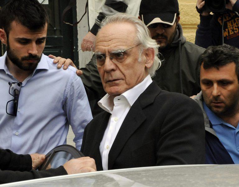 Τσοχατζόπουλος μέσα από τη φυλακή: «ΝΔ και ΠΑΣΟΚ τα έκαναν πλακάκια για να σώσουν τους δικούς τους – Όλοι αθώοι και μόνος ένοχος εγώ;» | Newsit.gr
