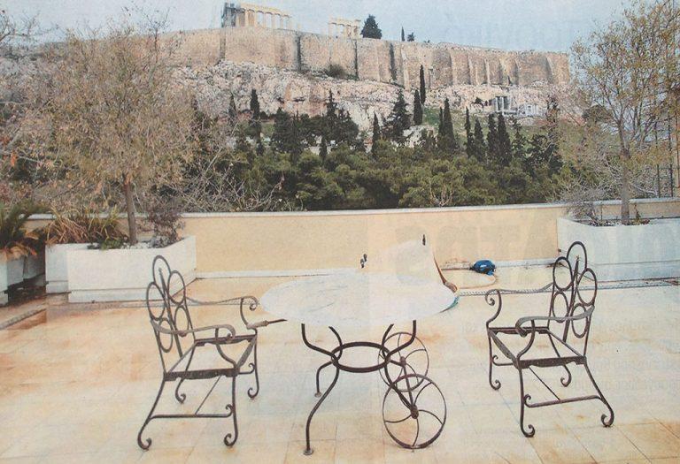 Ρημάζει το παλάτι του Άκη Τσοχατζόπουλου (ΦΩΤΟ) | Newsit.gr