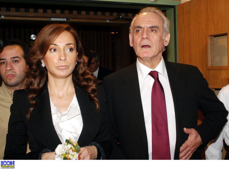 «Έπεσε» σε… αργία το πρώτο ραντεβού Άκη-Βίκυς μέσα στη φυλακή! | Newsit.gr