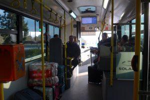 Φόβος και τρόμος των οδηγών οι επιθέσεις των κουκουλοφόρων στα λεωφορεία