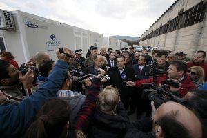 Τσίπρας από τη Χίο: Τα ελληνικά νησιά σηκώνουν το βάρος της πρωτοφανούς κρίσης