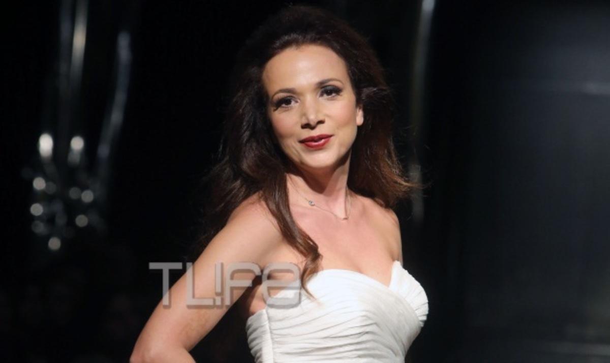 Η Χριστίνα Αλεξανιάν ντύθηκε νυφούλα! Φωτογραφίες | Newsit.gr